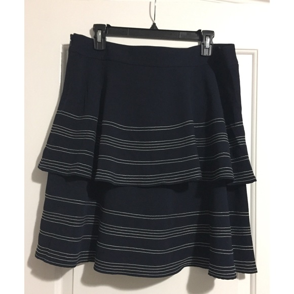 Banana Republic Dresses & Skirts - NWOT Navy Blue and White Tiered Skirt
